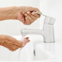 https://www.glenviewterrace.com/wp-content/uploads/2020/11/PHOTO-Shutterstock-GT-Hand-Washing-1-240x240.jpg