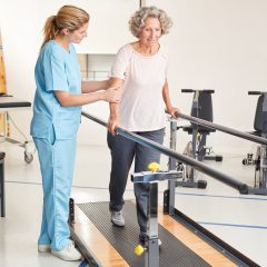 https://www.glenviewterrace.com/wp-content/uploads/2021/10/PHOTO-Shutterstock-GT-2021-PHYSICAL-THERAPY-Therapist-with-patient-on-balance-bars-240x240.jpg
